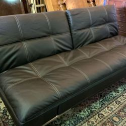 Brown Leather Eurolounger - Delivery Available for Sale in Tacoma,  WA