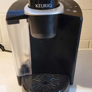 Keurig Coffee Maker for Sale in Halifax, PA