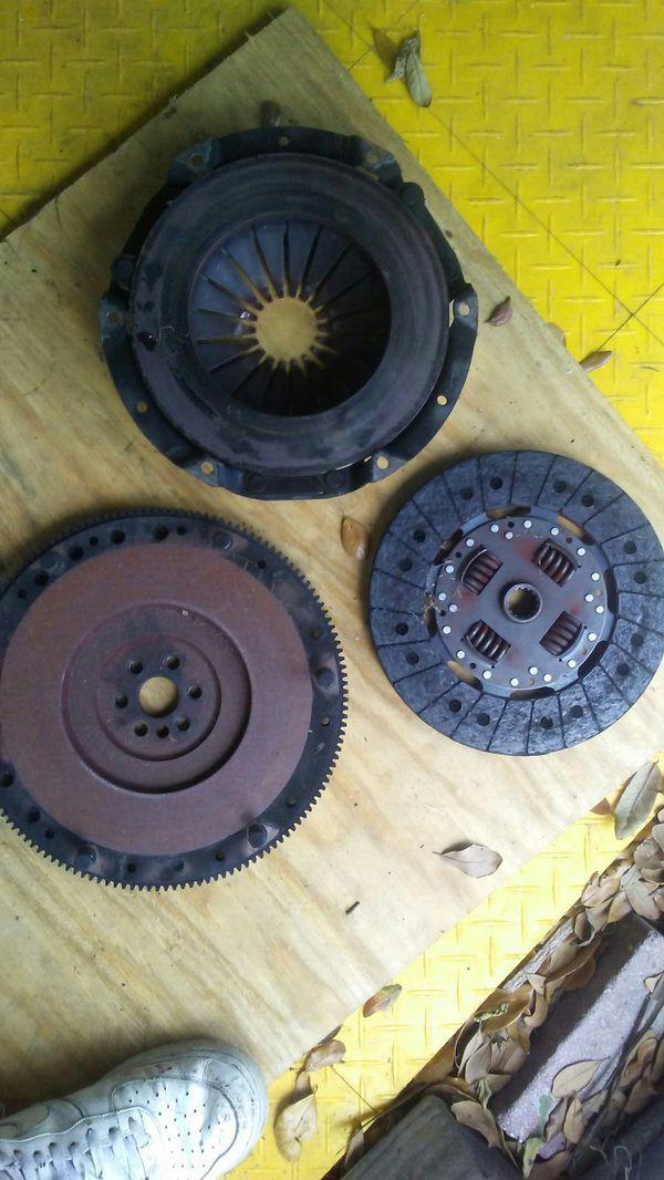 Heavy dutyClutch , flywheel , pressureplate assembly