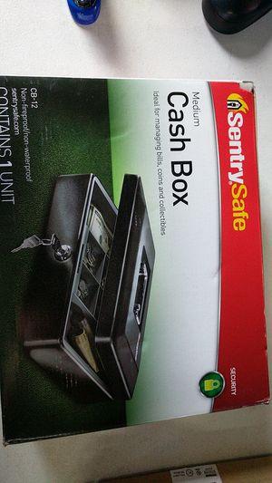 Sentrysafe medium cash box for Sale in Fort Lauderdale, FL