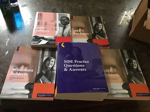 2017-2018 Kaplan Bar review exam books brand new never used for Sale in Columbus, OH