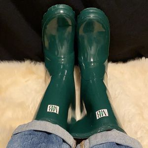 Money's worth And Best Kids Rubber Rain Welly Boots Size 4 for Sale in San Jose, CA