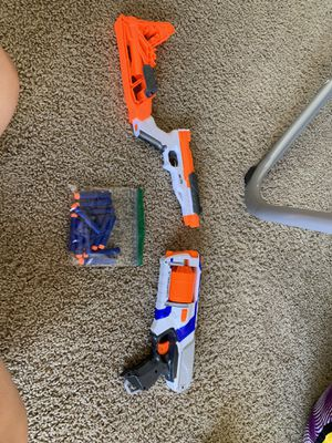 2 nerf guns with bullets (perfect condition) for Sale in Las Vegas, NV