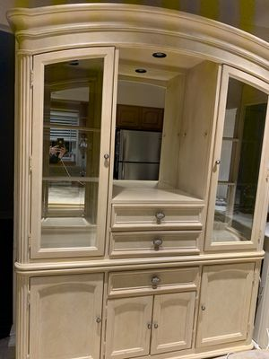 China Closet for Sale in Queens, NY