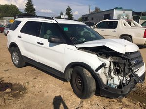 2014 Ford Explorer For Parts ONLY! for Sale in Fresno, CA