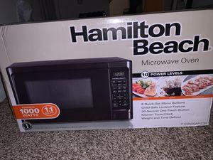 Hamilton Beach Microwave Oven 1000 watts 1.1 CU FT for Sale in West Palm Beach, FL