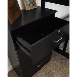 New!! Dresser, chest, wardrobe, 4 drawer dresser ,storage unit, organizer, bedroom furniture , black, dresser w lock, 4 drawer for Sale in Phoenix, AZ