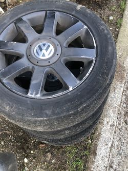 2008 Vw Wheels And LH Driver Headlight for Sale in Everett,  WA