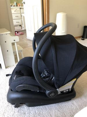 Maxi cosi mico 30 infant car seat black for Sale in Lynnwood, WA