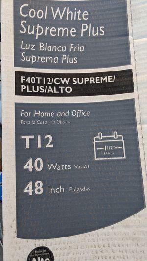 4 New T12 Cool White Bulbs for Sale in Hemet, CA