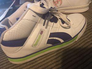 Reebok size 9 sneakers for Sale in Jersey City, NJ
