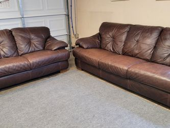 High Quality Leather Couch Set for Sale in Renton,  WA