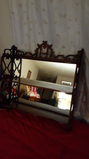 BEAUTIFUL SHELF WITH MIRROR BACK for Sale in Tacoma, WA