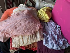 FREE Clothes for Sale in Hanford, CA