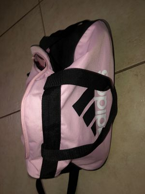 Adidas sports duffle bag for Sale in Bakersfield, CA