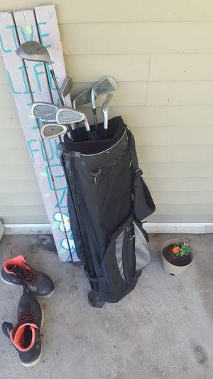 2 sets of golf clubs for Sale in Beech Creek, PA
