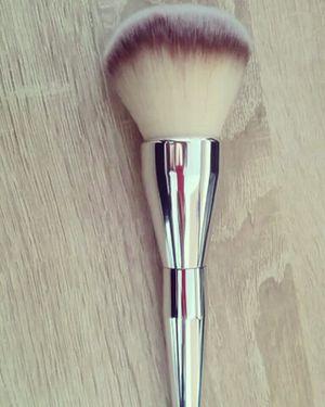 Makeup brush for Sale in Miami, FL
