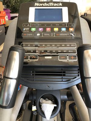 nordictrack elite 10.7 used great condition for Sale in Redmond, WA
