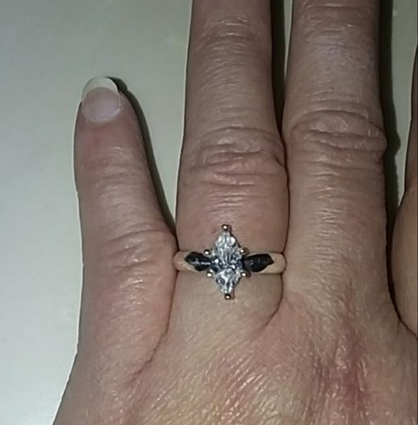 Beautiful! Engagement Ring- Solid Sterling Silver 925 -1 ct. CZ- size 7💍💎💍$69. OBO
