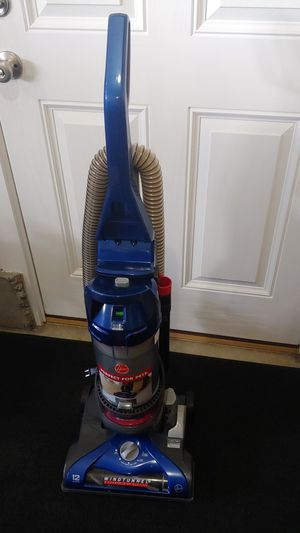 Like new condition wind tunnel Hoover vacuum for Sale in Aloha, OR