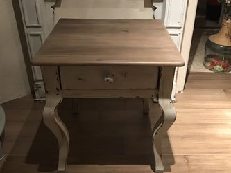 Side Table for Sale in Torrance,  CA
