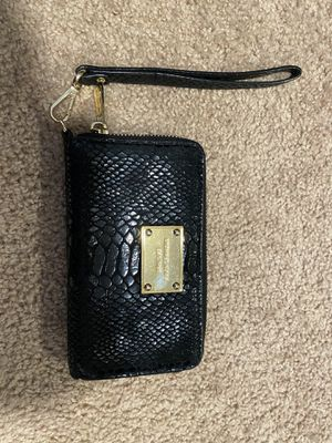 Michael kors wallet for Sale in Franklin, MA
