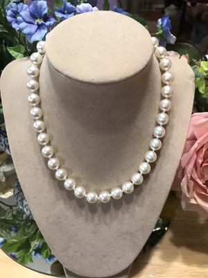 Pretty!!! Vintage Classy ! Elegant! Choker Pearls for Sale in Gainesville, VA