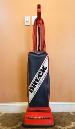 Oreck Commercial Vacuum Cleaner for Sale in Raymond, NH