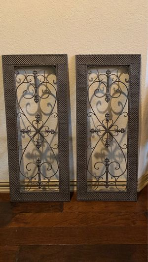 Iron for home decor (set of 2) for Sale in Grapevine, TX