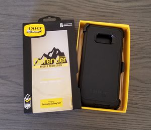 Samsung Galaxy S8+(Plus) Otterbox Defender series Case with belt clip holster black for Sale in Canyon Country, CA