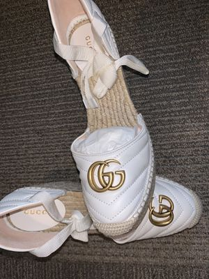 Gucci wedges size 9 1/2 for Sale in Auburn, WA
