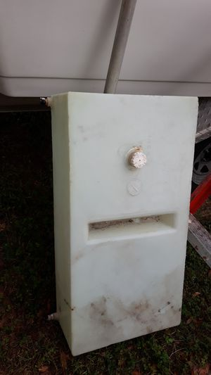 15-20 gal RV water tank for Sale in Cypress Gardens, FL