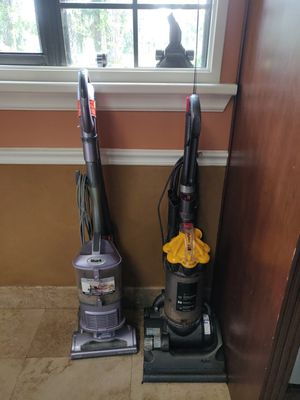 Dyson and shark Vacume cleaner's for Sale in Wellington, FL