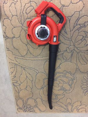 See all photos. Weed trimmer and leaf blower for Sale in Boca Raton, FL