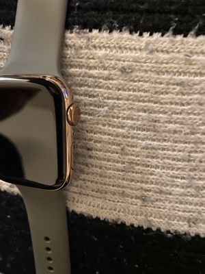 Apple Watch Series 5 Gold Stainless Steel 44m w: Khaki Sport Band for Sale in Los Angeles, CA