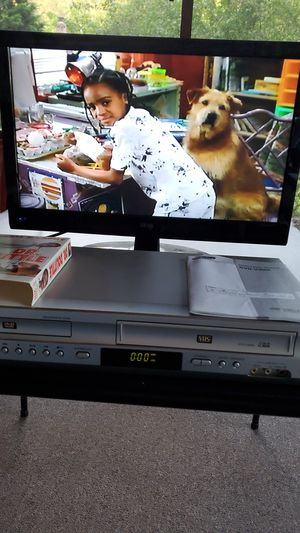 SAMSUNG DVD / VHS PLAYER. for Sale in Westlake, OH