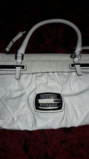 Guess purse & Wallet for Sale in Everett, WA