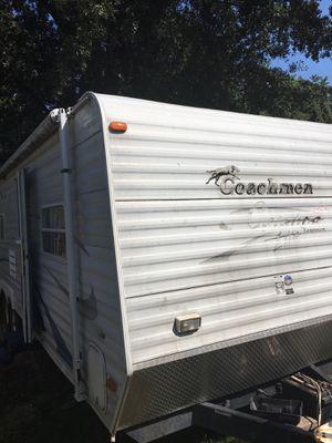 2005 coachmen travel trailer for Sale in Houston, TX