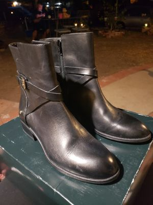 Black Short Boots for Sale in San Fernando, CA