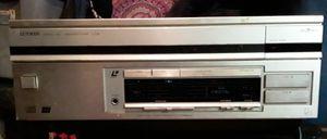 Luxman d-408 laserdisc/CD player for Sale in Plant City, FL
