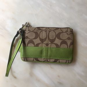 Coach Wristlet for Sale in Rockville, MD