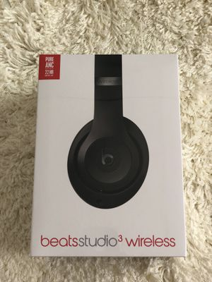 Beats studio 3 wireless - unopened box for Sale in Lombard, IL