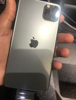 iPhone 11 Pro Max for Sale in Temple Hills, MD