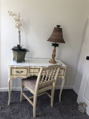 Vanity for Sale in Raleigh, NC