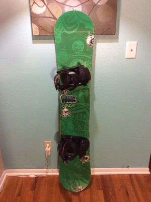 $250 - Ride Snowboard w/ Flow Bindings : 155cm for Sale in Denver, CO