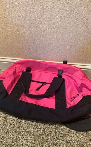Pink L.L. Bean Duffle Bag for Sale in Sanger, CA