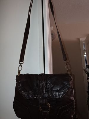 Leather converse satchel purse/tote for Sale in Las Vegas, NV
