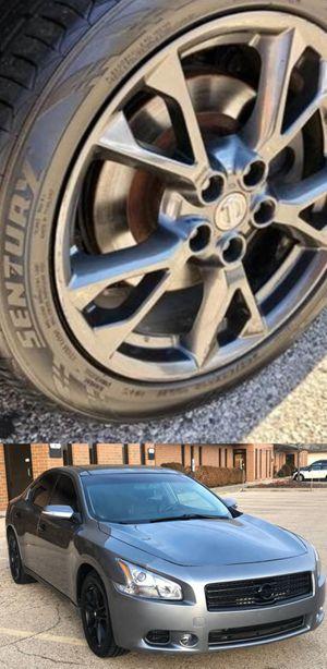 Price$1200 Nissan Maxima for Sale in Gainesville, VA