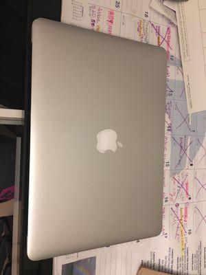 MacBook Air in good condition for Sale in San Fernando, CA