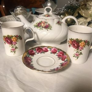 Royal Heritage Bone China made in England for Sale in Silver Spring, MD